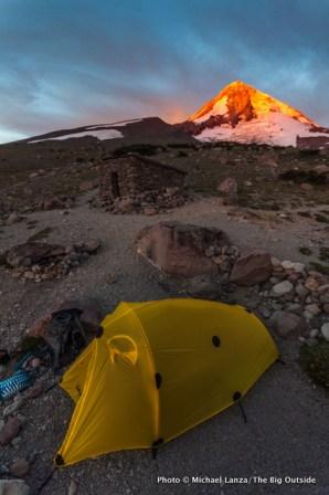 Sunrise at Cooper Spur campsite.