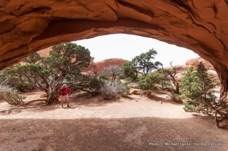 Navajo Arch, Devils Garden, Arches National Park.