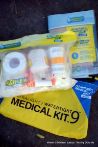 Adventure Medical Kits Ultralight Watertight .9 Medical Kit