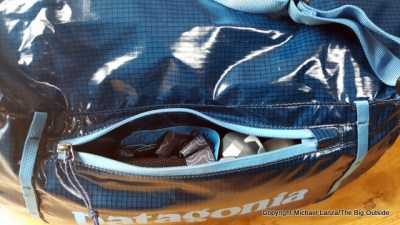 Patagonia Lightweight Black Hole Duffel 45L pocket.