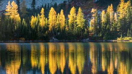 10 Awesome Fall Backpacking Trips