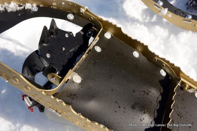 MSR Lightning Explore Snowshoes bottom and crampon.