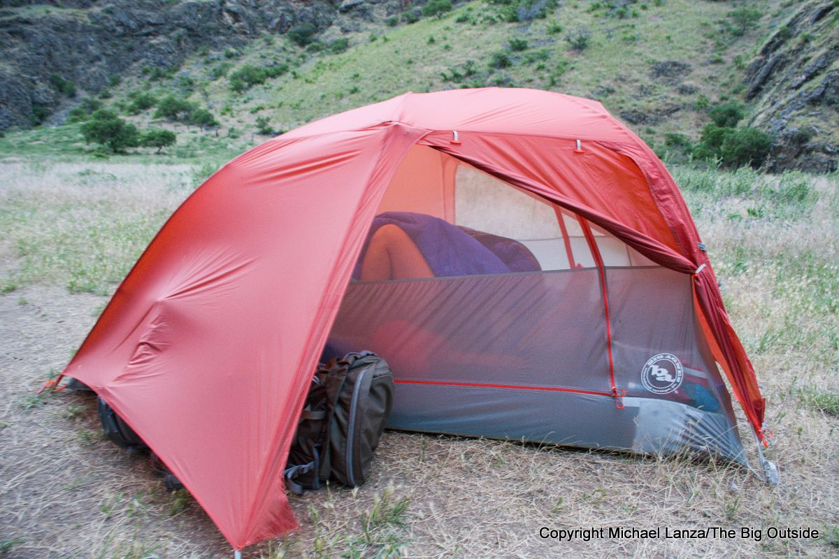 Big Agnes Copper Spur HV UL2 vestibule.