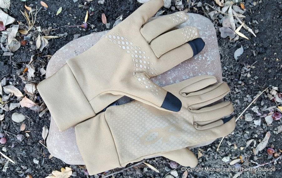 Outdoor Research Vigor Heavyweight Sensor Gloves.