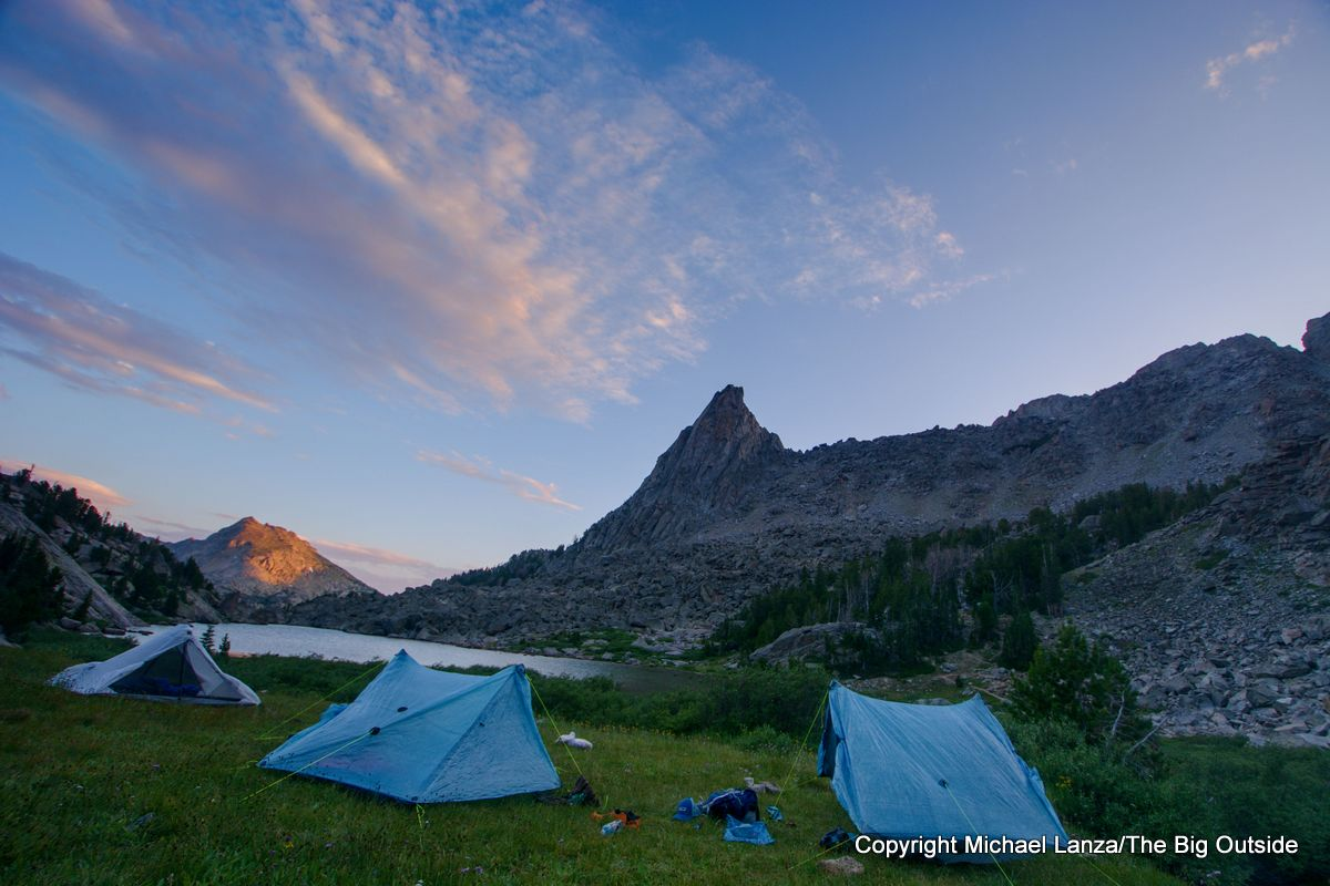 A backpacker campsite near North Lake on the Wind River High Route.