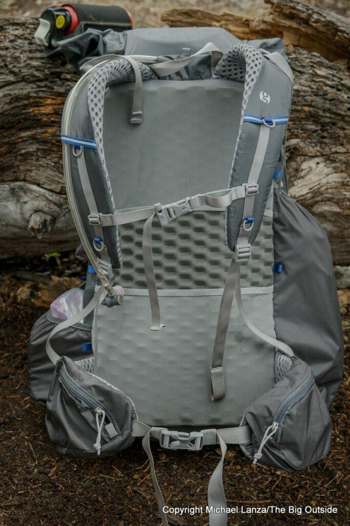 Gossamer Gear Mariposa 60 harness.