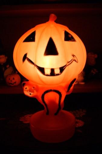 Vintage Halloween Blow Mold Pumpkin Cat