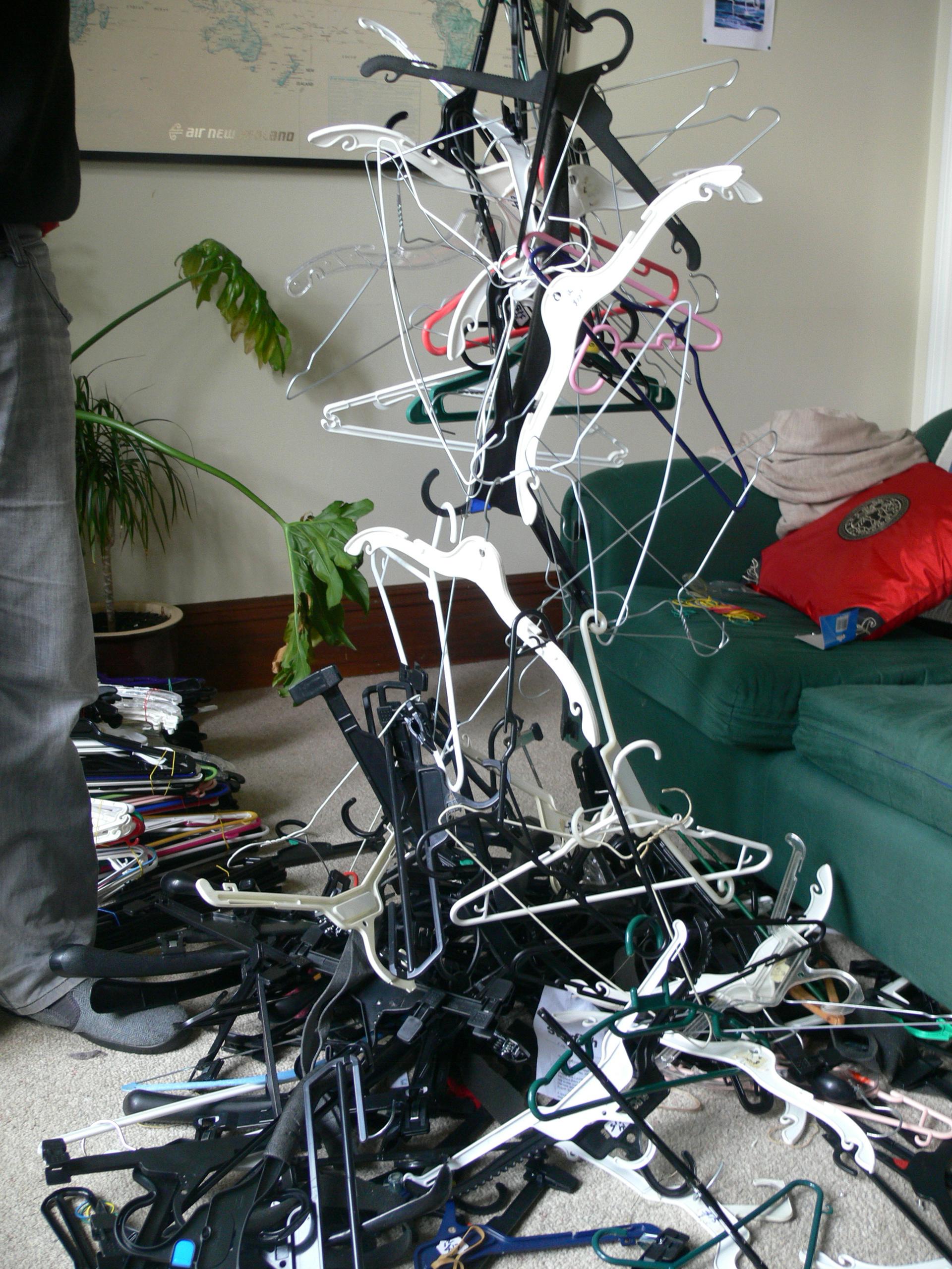 hanger birds nest