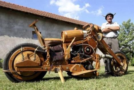 Moto de roble