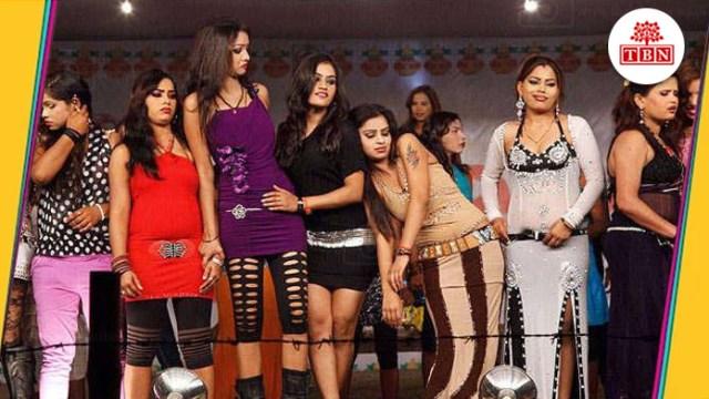 Dancers in theaters of Sonpur Mela   The Bihar News