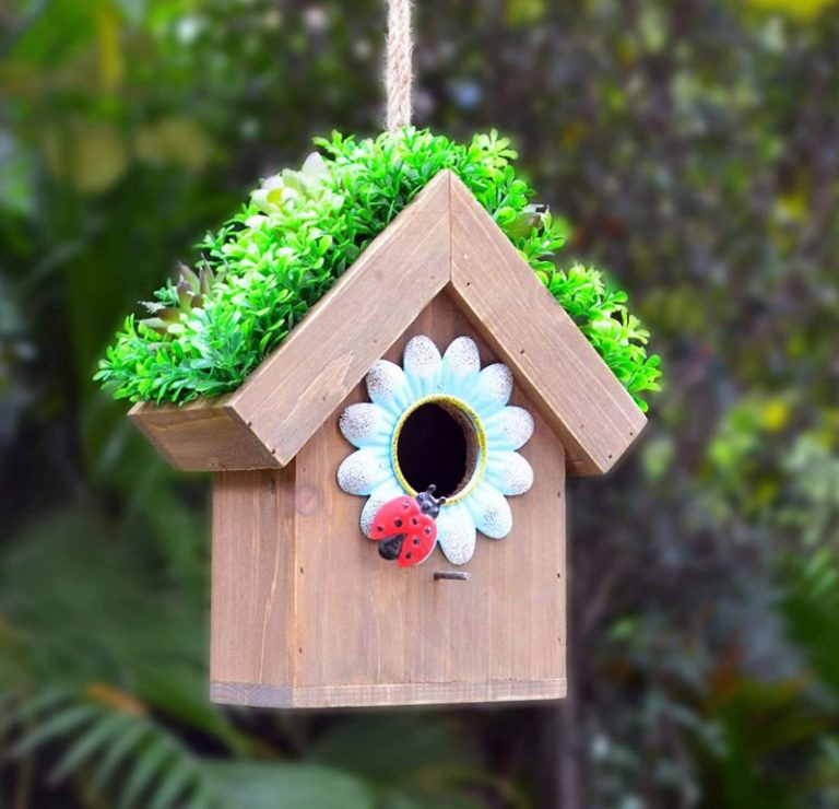 Dawhud Direct Ladybug and Flowers Decorative Bird House