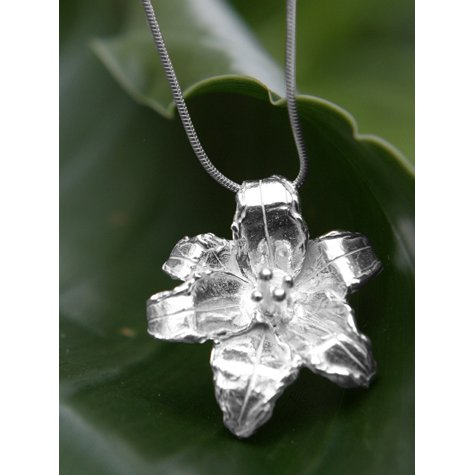 melissa tyson designs necklace