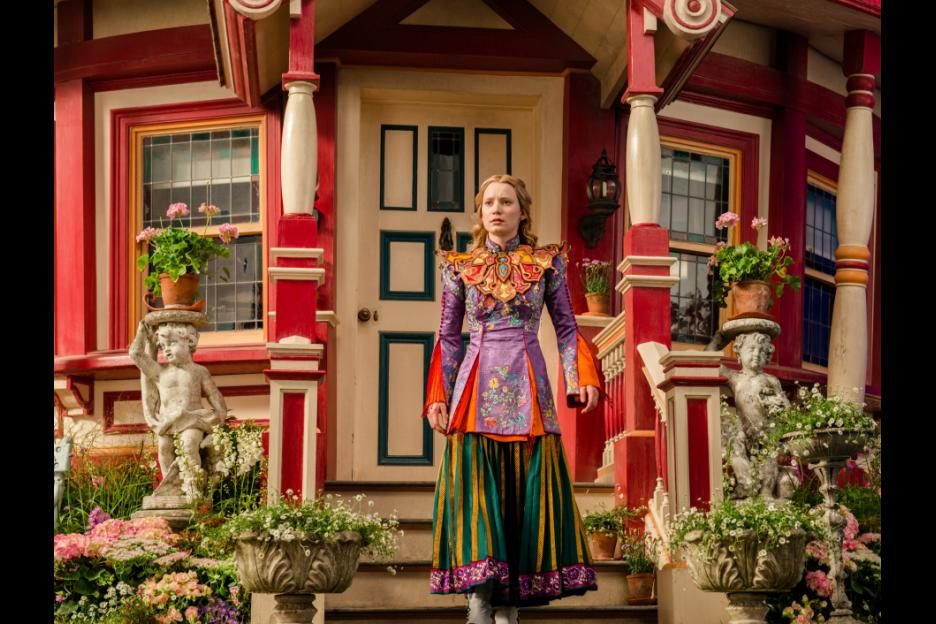 AliceThroughTheLookingGlass573ba05567cb2