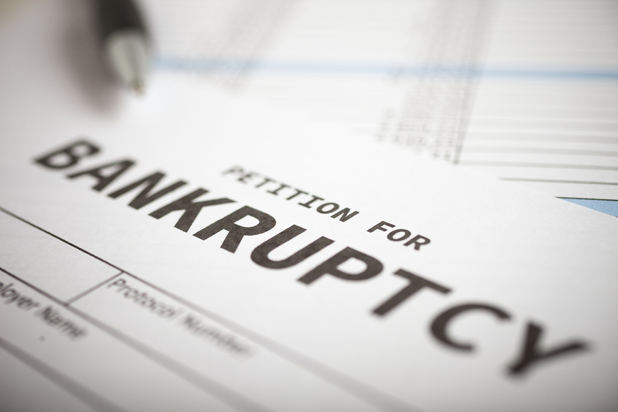 What Are the Pros and Cons of Filing for Bankruptcy?