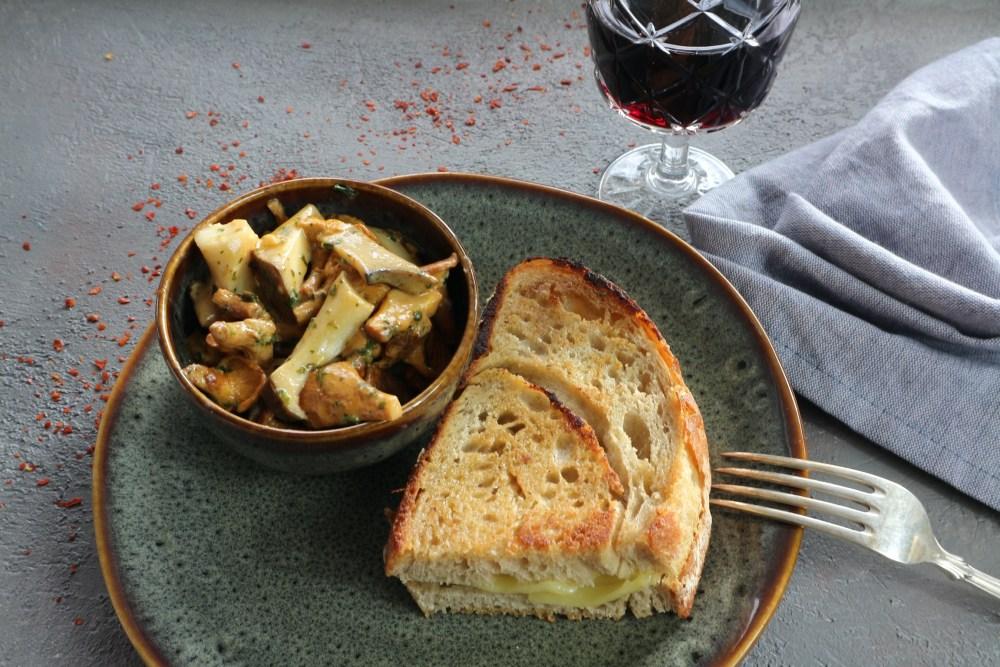 Pilzpfanne mit Grilled Cheese