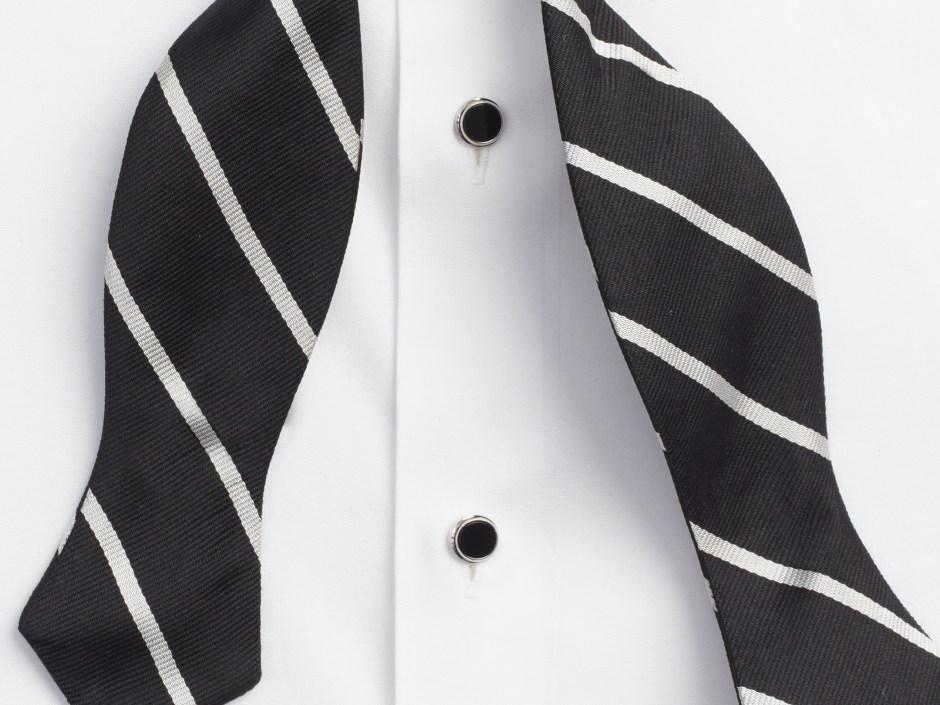 Tuxedo placket (plain front)