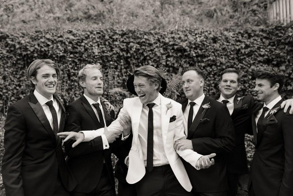 formal groom and groomsmen attire