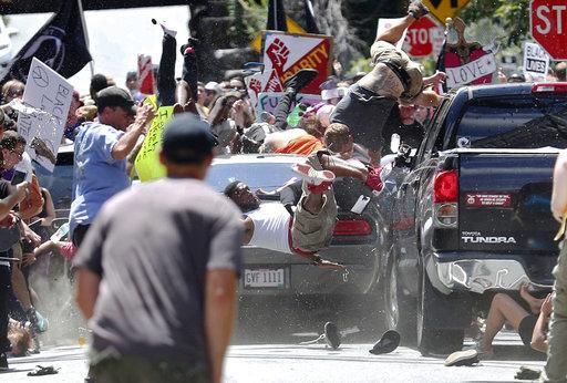 APTOPIX_Confederate_Monuments_Protest_92256.jpg