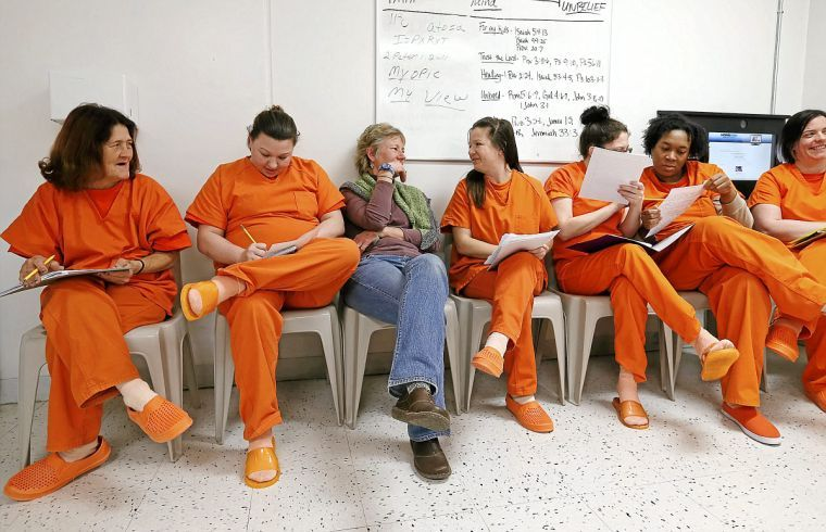 Oklahoma incarcerated women find voice through Poetic Justice program
