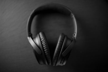 The design is simple and sleek. They don't look gigantic on a person's head like many other headphones do.