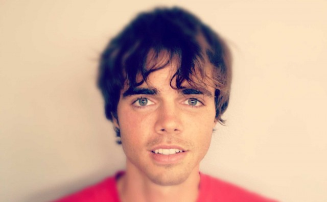 Reid Ewing Reveals Struggle With Body Dysmorphia
