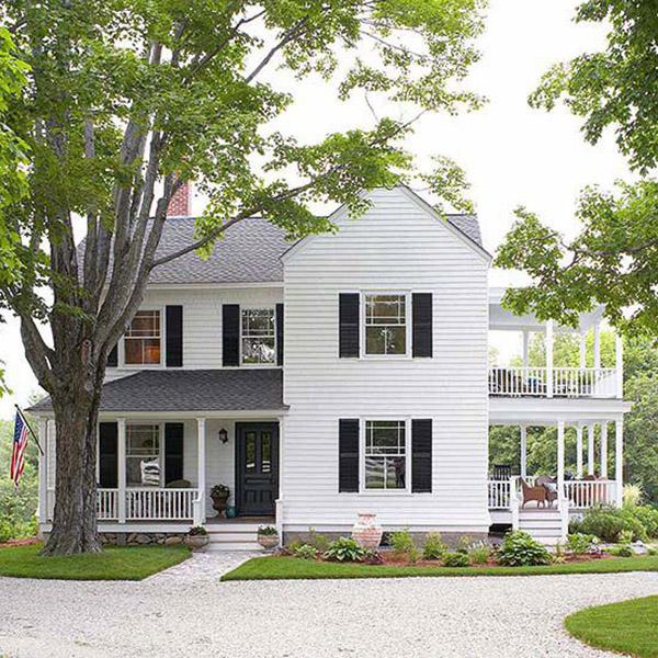 10 farmhouse exteriors the blissful bee on industrial farmhouse paint colors id=44549