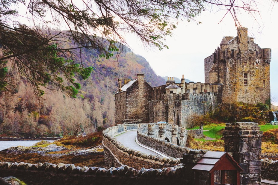 Eilean Donan Castle, Isle of Skye // Scotland, UK