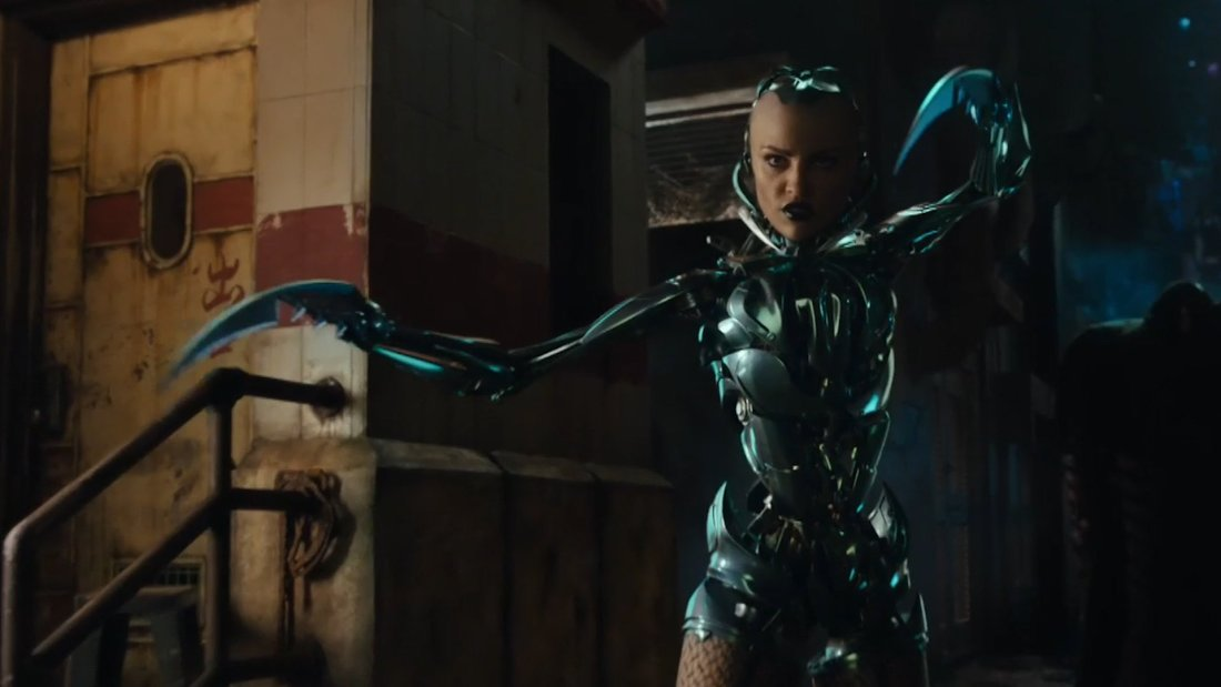 alita-battle-angel-fight-clip_fuyx