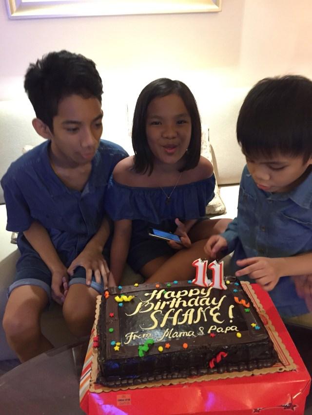 Kids shane's cake