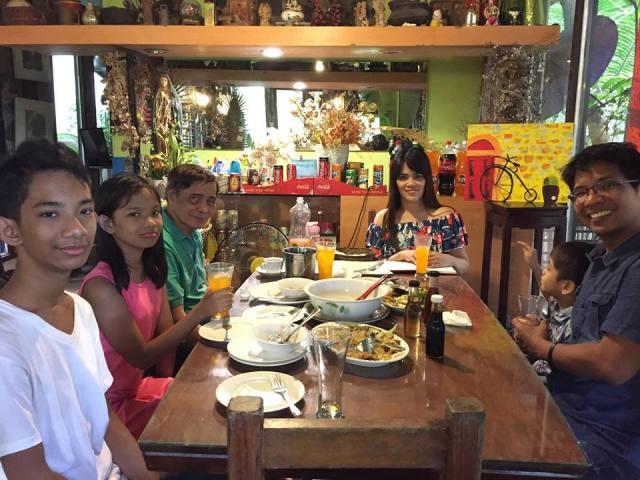 family pic at Park Rest & Dine Restaurant