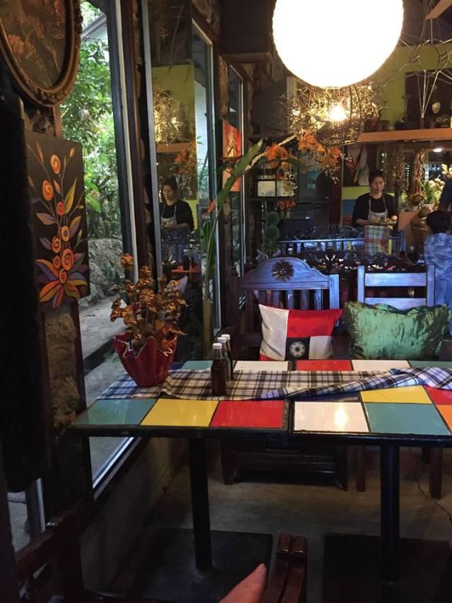 table inside. Park Rest & Dine Restaurant