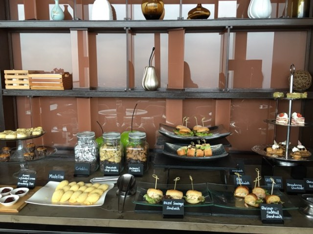 sweets at the Continental Club at Marco Polo Ortigas