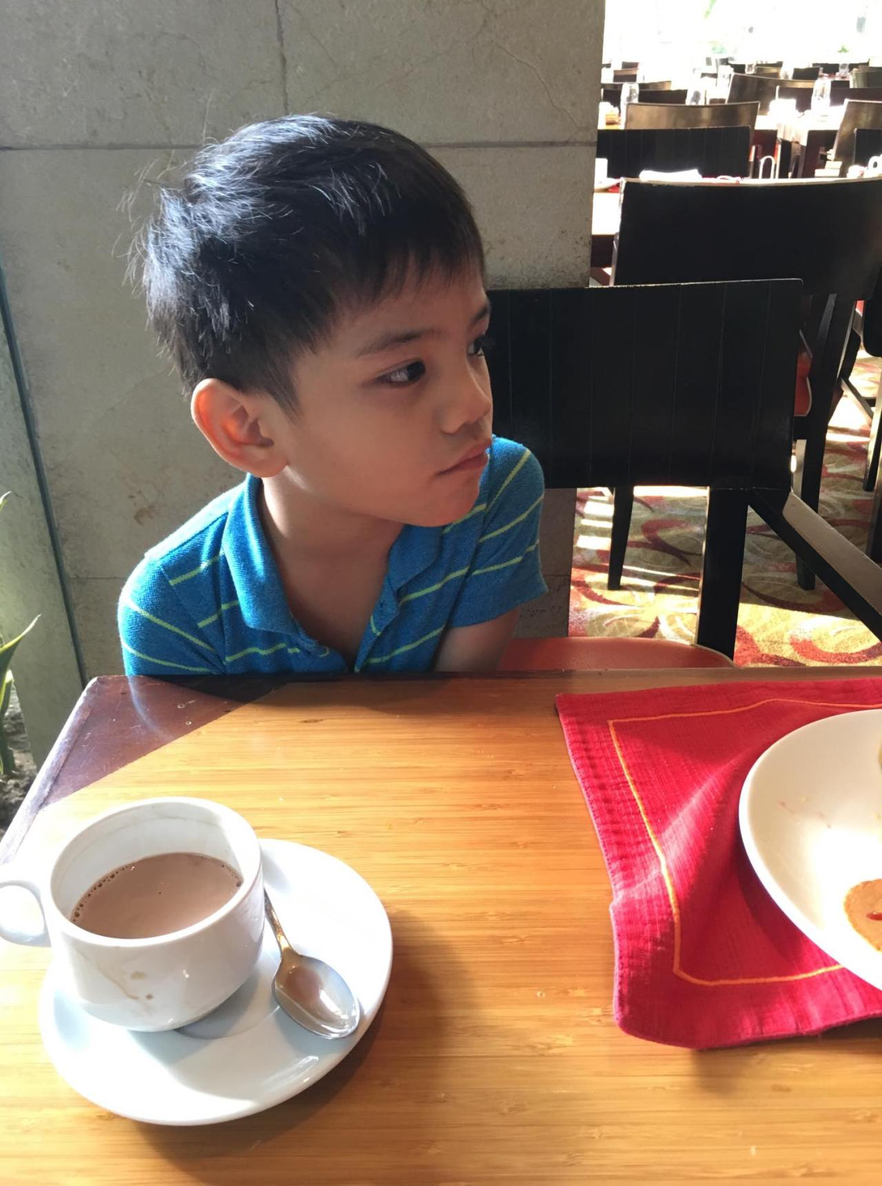 hot chocolate for my kiddo in our breakfast buffet at the HEAT (Edsa Shangri-la)