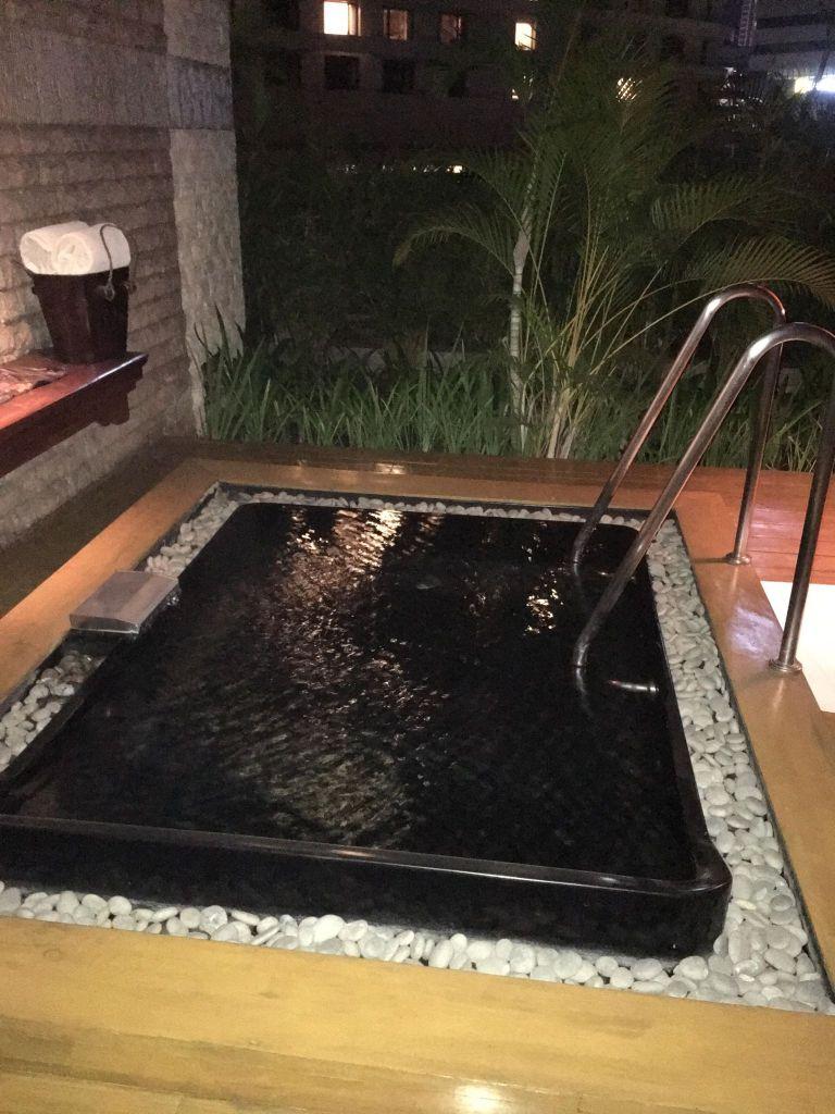 hot tub at Chi, The Spa