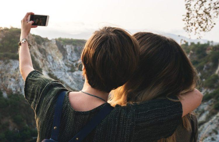selfie-addiction