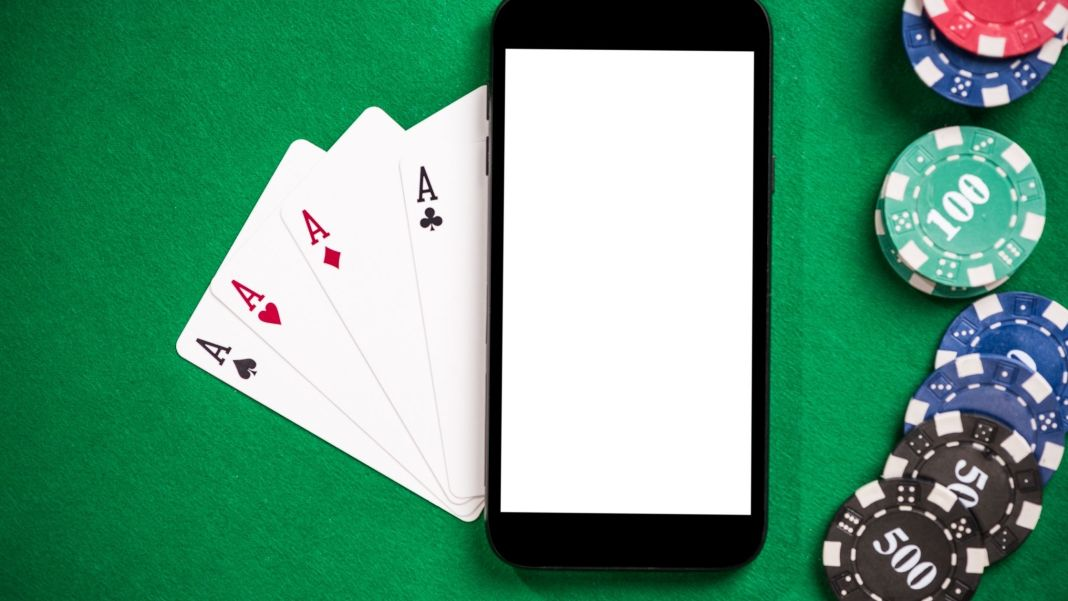 Advantages and Disadvantages of Mobile Online Casinos