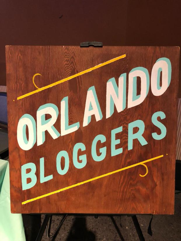The Blogger Union Orlando Bloggers Sign at Florida Blog Con