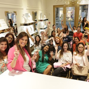 South Florida Mom Bloggers Group Photo at Kendra Scott Brickell City Centre