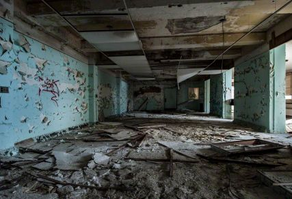 Dayroom – Seaside Sanatorium, Waterford, Connecticut ©2014 Robert Marsala
