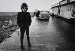∫ Barry Feinstein (1931-2011) Dylan, Aust Ferry, England 1966 (Photo credit Morrison Hotel Gallery)
