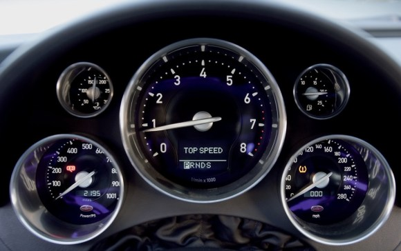 Bugatti Veyron gauges