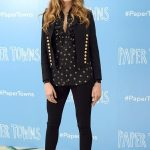 Cara Delevingne Keeps Her Cool During The World's Most Awkward Interview