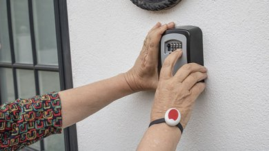 Photo of Using Wrist Alarms For The Elderly To Guarantee Safety And Independence
