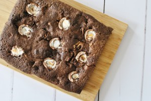 A Speedy Chocolate And Creme Egg Easter Brownie 3