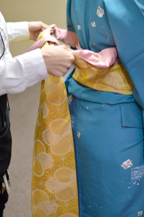 TheBlondesEyeView_Kimono_18