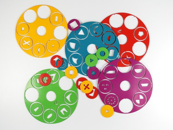 The Czextruder has 8 sets of design disks available.