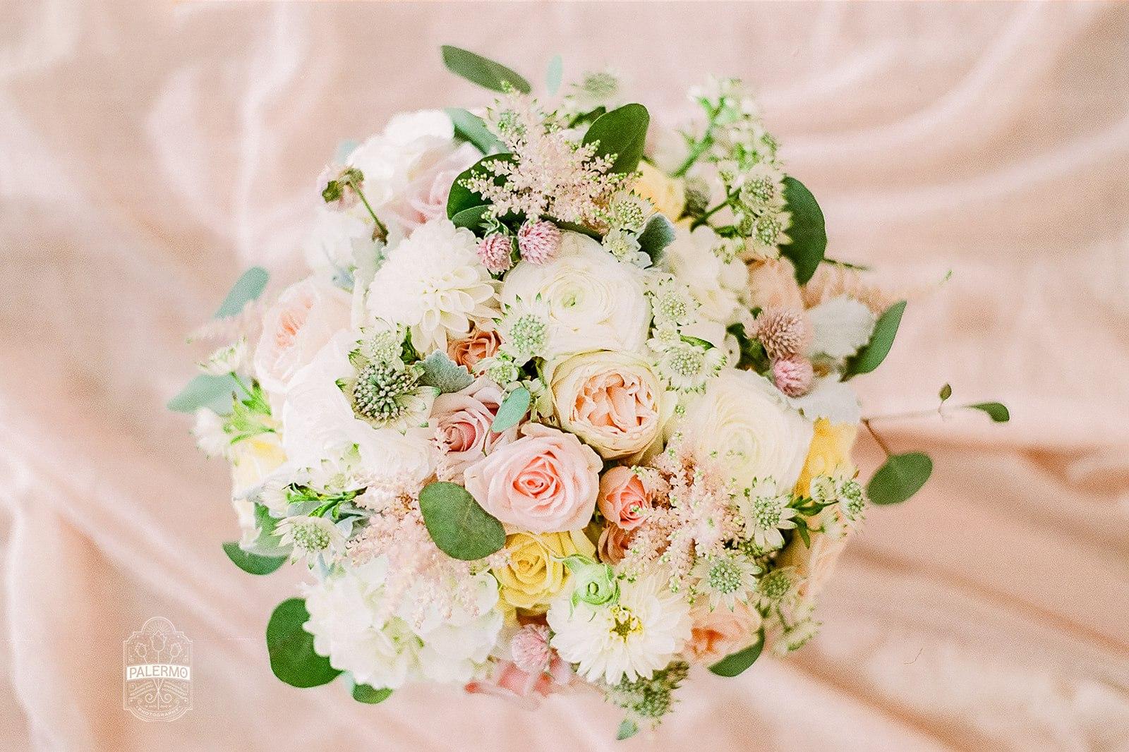 pastel bridal bouquet Pittsburgh wedding florist
