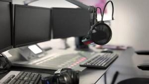 Jay Armsworthy, Microphone modern radio station broadcasting studio