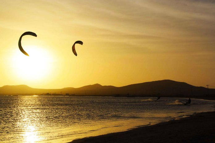 Kitesurfing Colombia, Adventure sports Colombia