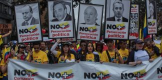 anti-corruption protests, Uribe anti-corruption march